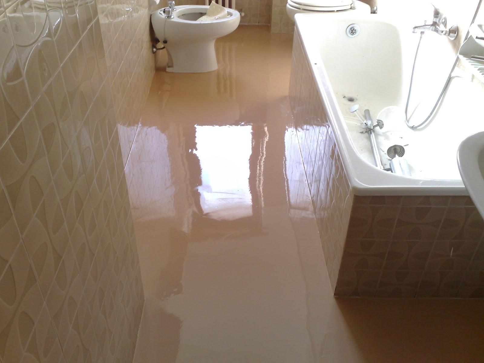 Cominodecori pavimenti in resina - Coprire piastrelle bagno resina ...