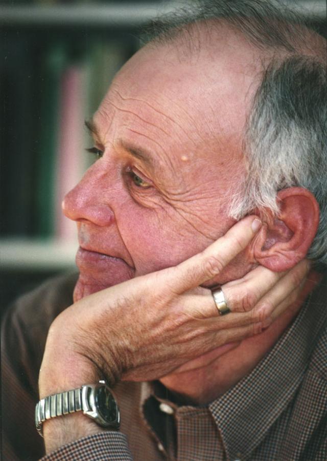 henry david thoreau essays online