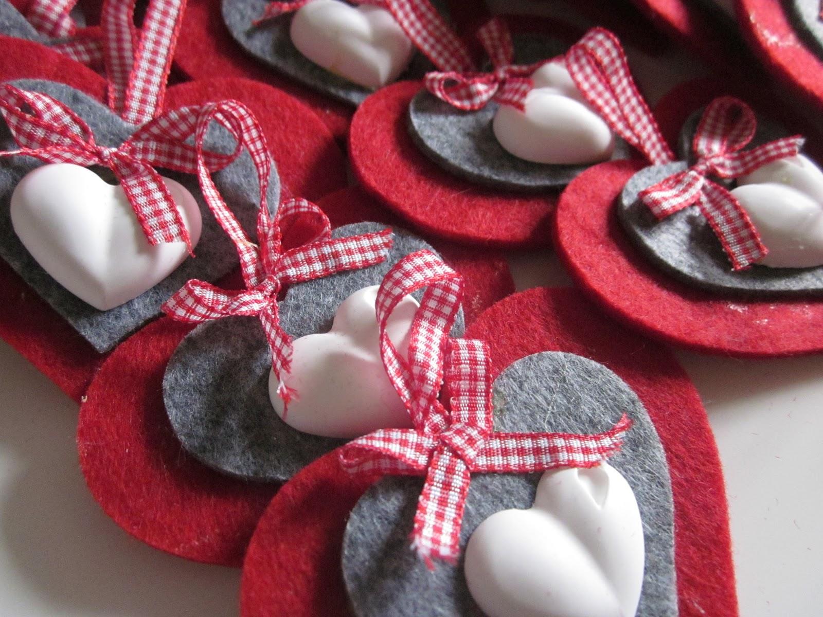 Create col cuore le mie decorazioni per l 39 albero - Decorazioni natalizie con il legno ...
