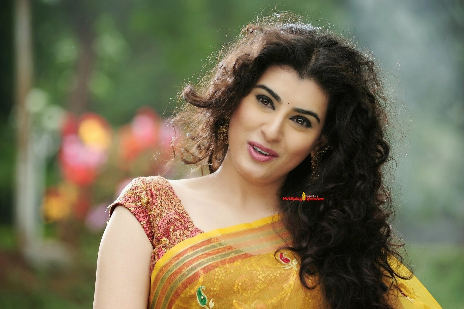 Telugu actress archana 39 s anandini movie stills hd wallpapers download free high definition - Archana wallpaper ...