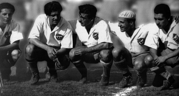 Delantera de 1941: Castro, Fabrini, Atilio, Porta y Zapirain
