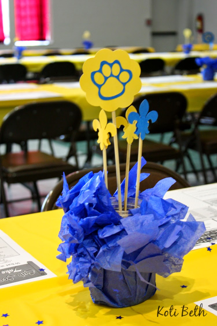 Blue And Gold Centerpiece : Koti beth cub scout blue and gold centerpieces with free