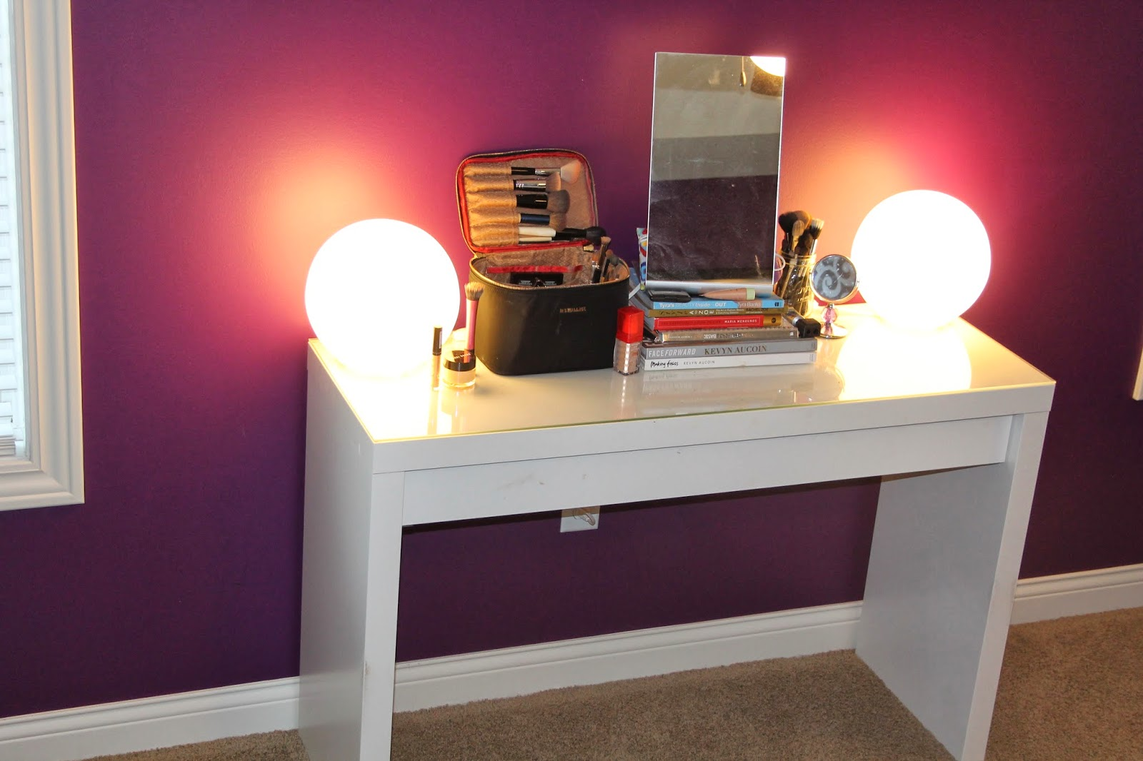 Vanity Makeup Dresser With Lights : Our Styled Suburban Life: Makeup Vanity Lights