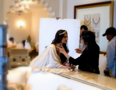 Behind The Scenes of Sonam Kapoor's cover Photo shoot for 'The Hindu Bridal Mantra'