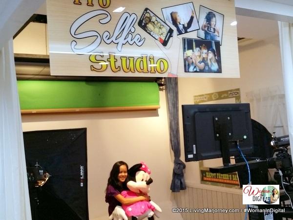 Selfie-Studio-FujiFilm Wonder Photo Shop Manila