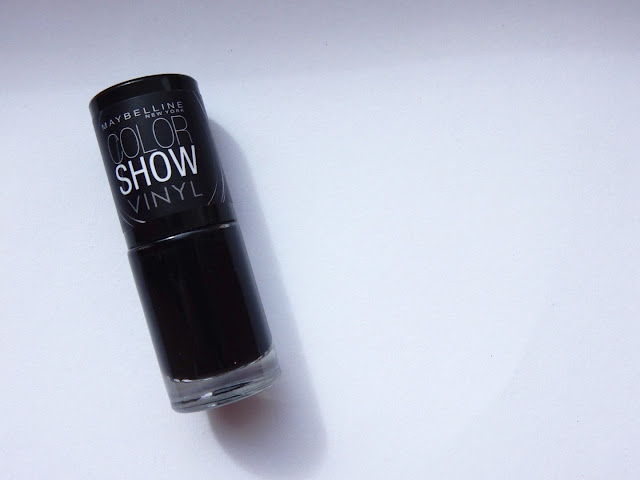 Maybelline COLORSHOW VINYL 404 Black to the Basics