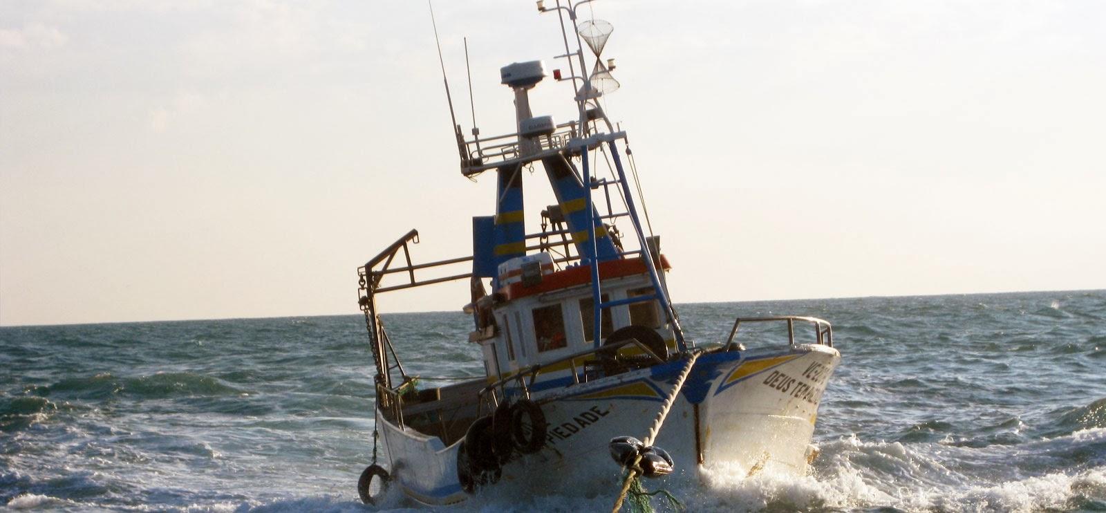 http://www.marinha.pt/pt-pt/servicos/informacao-maritima/PublishingImages/aviso_navegantes.jpg?w=1600