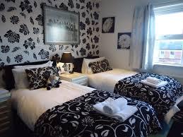 http://www.lomboksociety.web.id/2015/06/tipe-kamar-hotel-berdasarkan-ranjangnya.html