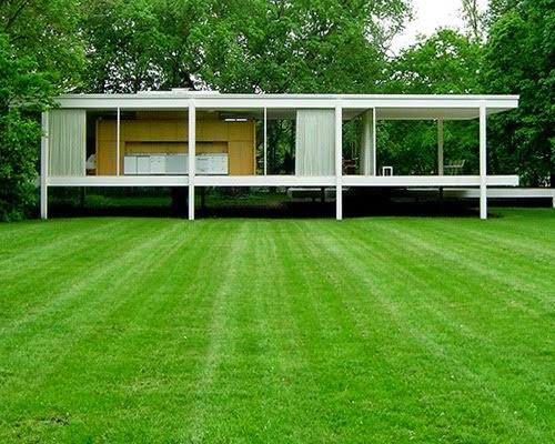 Casa Farmsworth