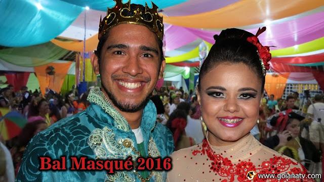 http://www.blogdofelipeandrade.com.br/2016/02/carnaval-2016-bal-masque-foi-repleto-de.html