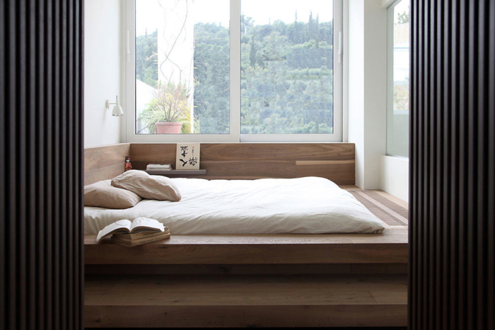 Japanese modern floor bed