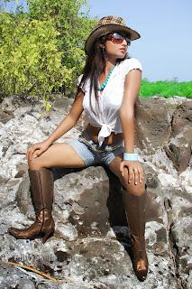 Charulatha Spicy New Babe Portfolio Pics