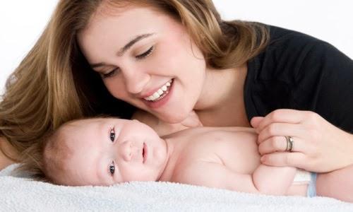Cara Merawat dan Menjaga Kesehatan Bayi Baru Lahir