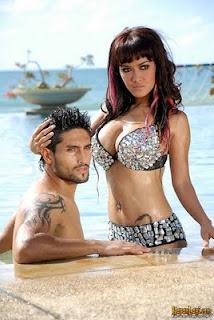 Foto Seksi Jupe dan Gaston Castano