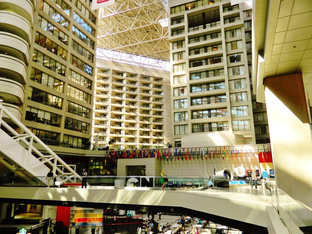 DE TOUR POR LA SEDE MUNDIAL DE CNN EN ATLANTA | ARMANDO PLATA\'S ...