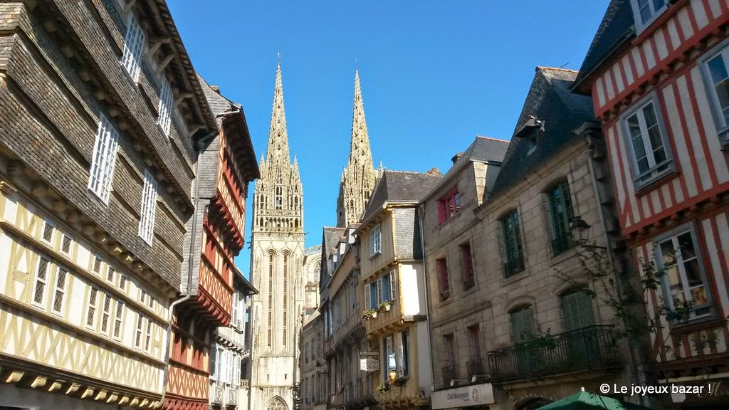 Quimper - rue Kereon - cathedrale