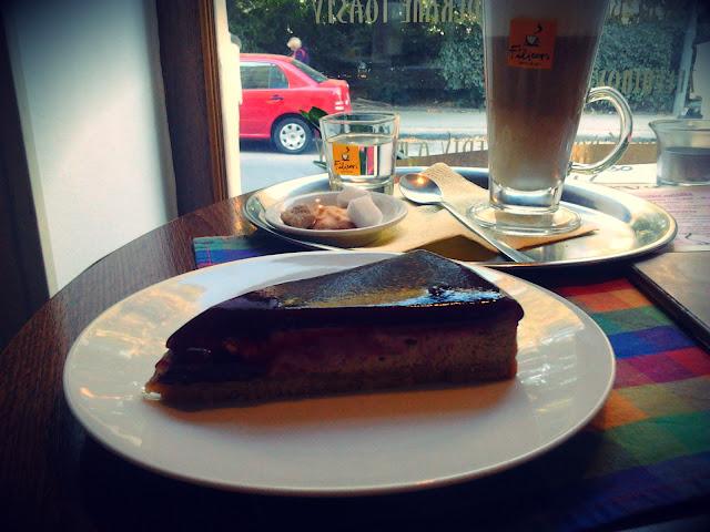 Cheesecake v Park Lane Café