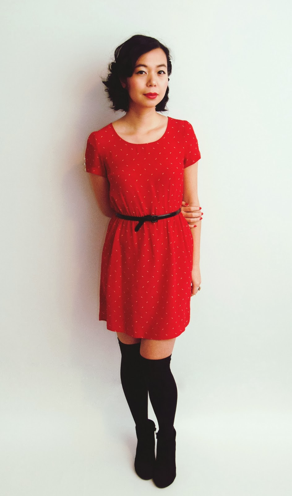 maroon dress peter pan collar red belt black bootie valentine's day hearts love