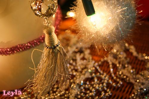 kristal ,franje en pluche kerst versiering in wit, zilver en roze