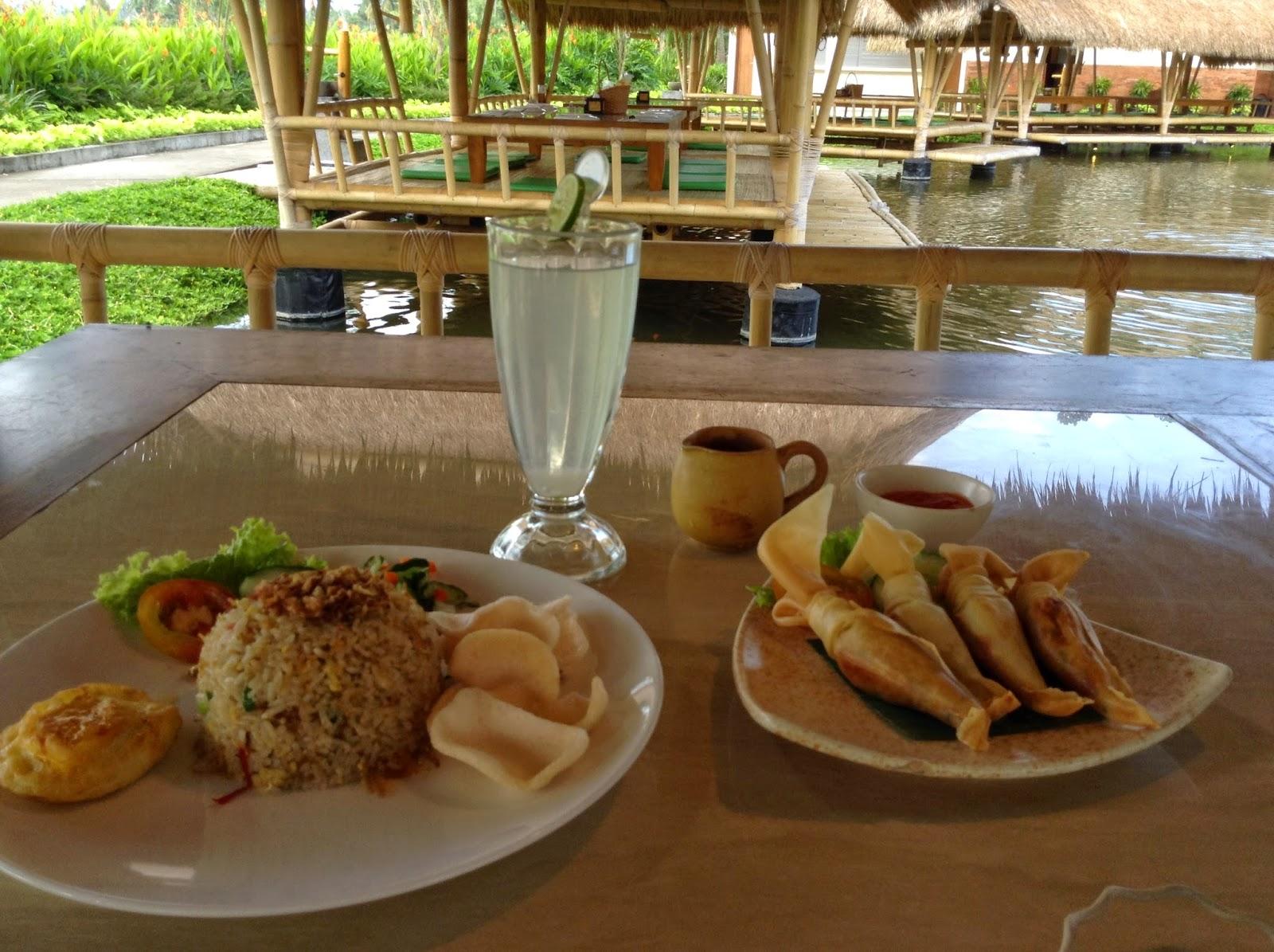 Traveling And Dining Bale Udang Ubud Bali