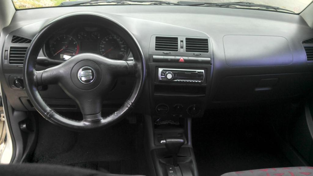 Seat cordoba 2013 interior autos weblog for Seat cordoba interior