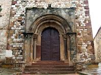 Portalada romànica de Sant Fèlix de Canovelles
