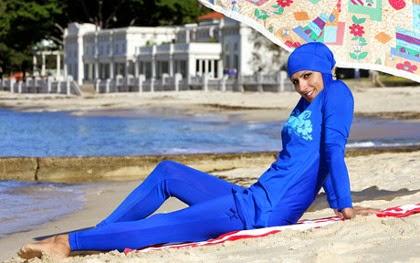 Tips memilih Busana Hijab untuk Berlibur di Musim Panas