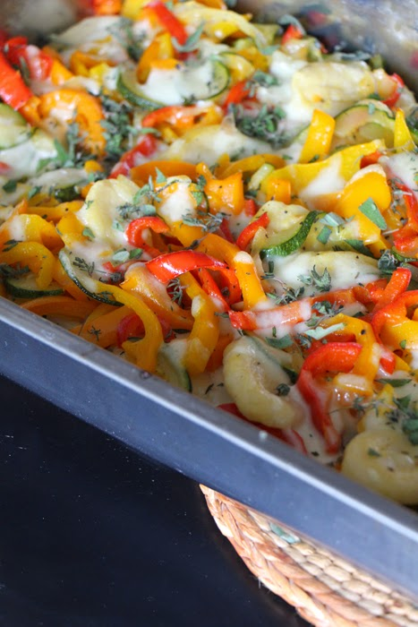 Gnocchi Auflauf mit Paprika und Mozzarella