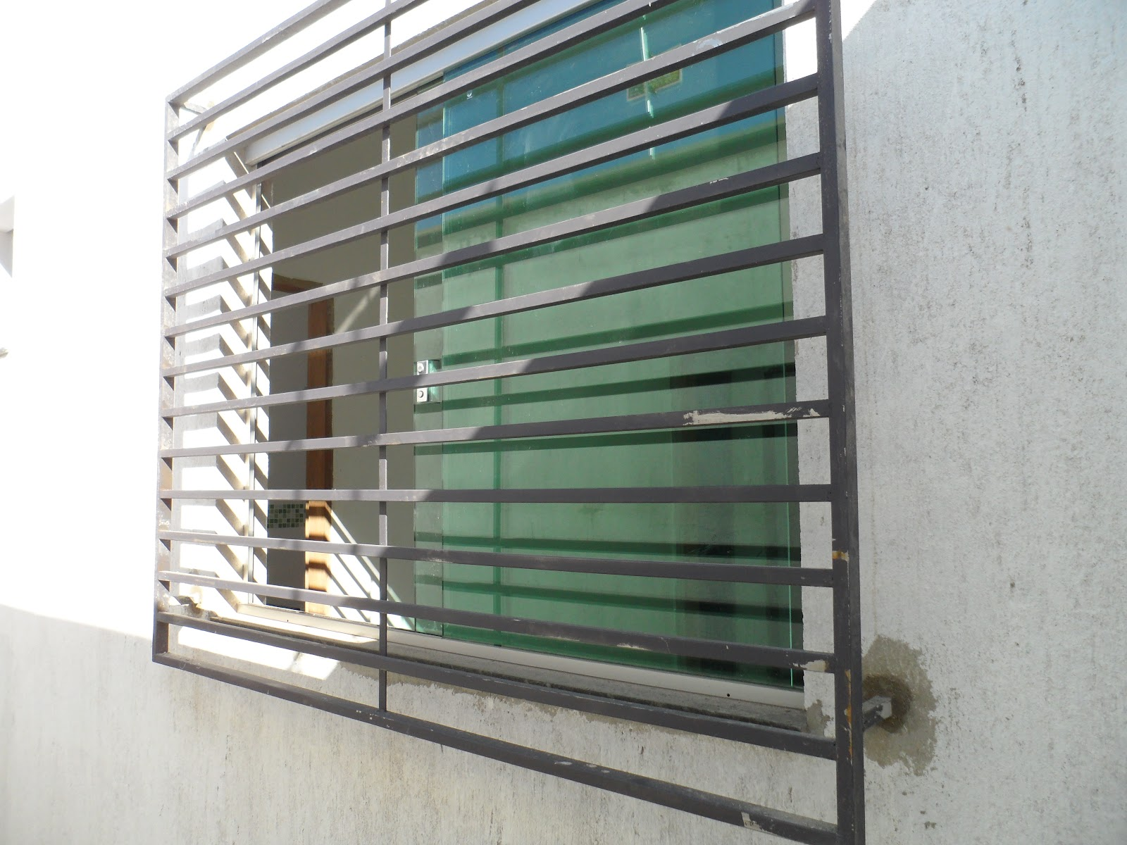 #4A7474 DIÁRIO DE CONSTRUÇÃO DE UMA CASA PEQUENA: REVISÃO DA SEMANA  4118 Grade Aluminio Para Janela