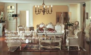Jual mebel jepara,sofa klasik jepara Mebel furniture klasik jepara jual set sofa tamu ukir sofa tamu jati sofa tamu antik sofa jepara sofa tamu duco jepara furniture jati klasik jepara SFTM-33031 sofa klasik cat duco