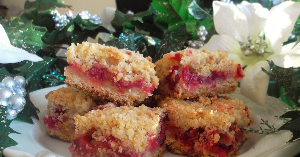 Beautiful Mess: 12 Days of Christmas Baking: Cranberry Crumb Bars
