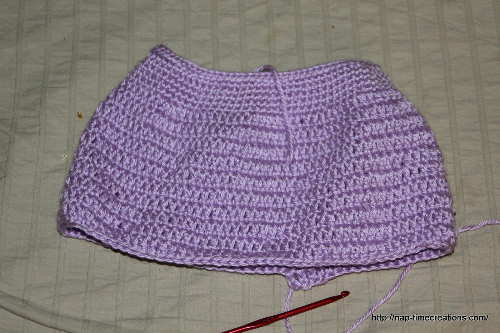newborn crochet dress {free pattern} - Life Sew Savory