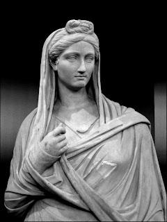 Vibia  Sabina, esposa de  Adriano  - a.  86-136 ó 137 d.C. (2)