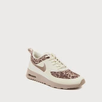 I found this Nike Air Max Thea sneakers with leopard print at Intreza. Because the leopard print isn't all over the sneakers, they're still classy.