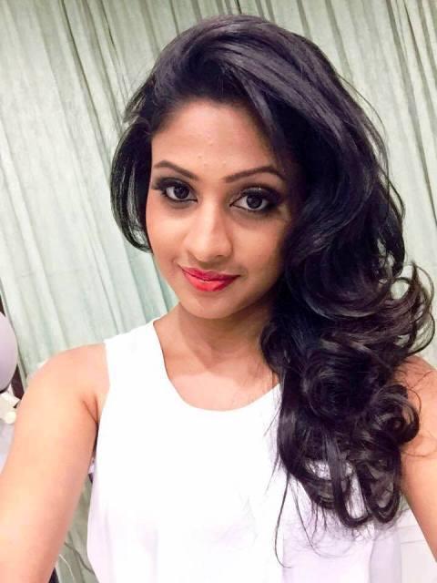 sri lankan actress agaru siththam