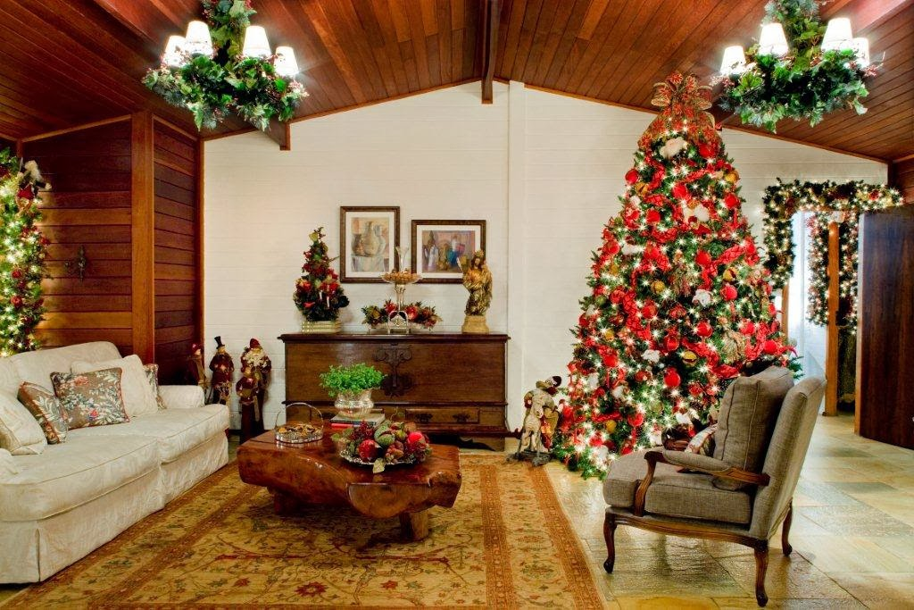 Decoracion Salas Navide?as ~ Sala decorada por Navidad con un lindo ?rbol navide?o cargado de