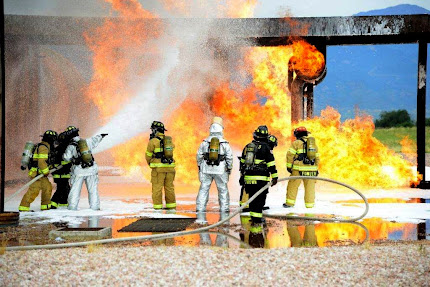 SERVICE MEMBERS ATTEND LIVE FIRE TRAINING EXERCISE