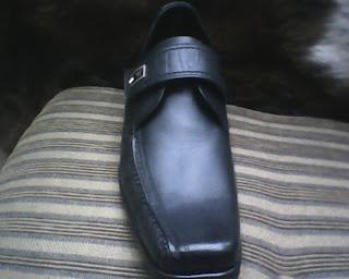 sepatu worckers yang berkualitas tinggi