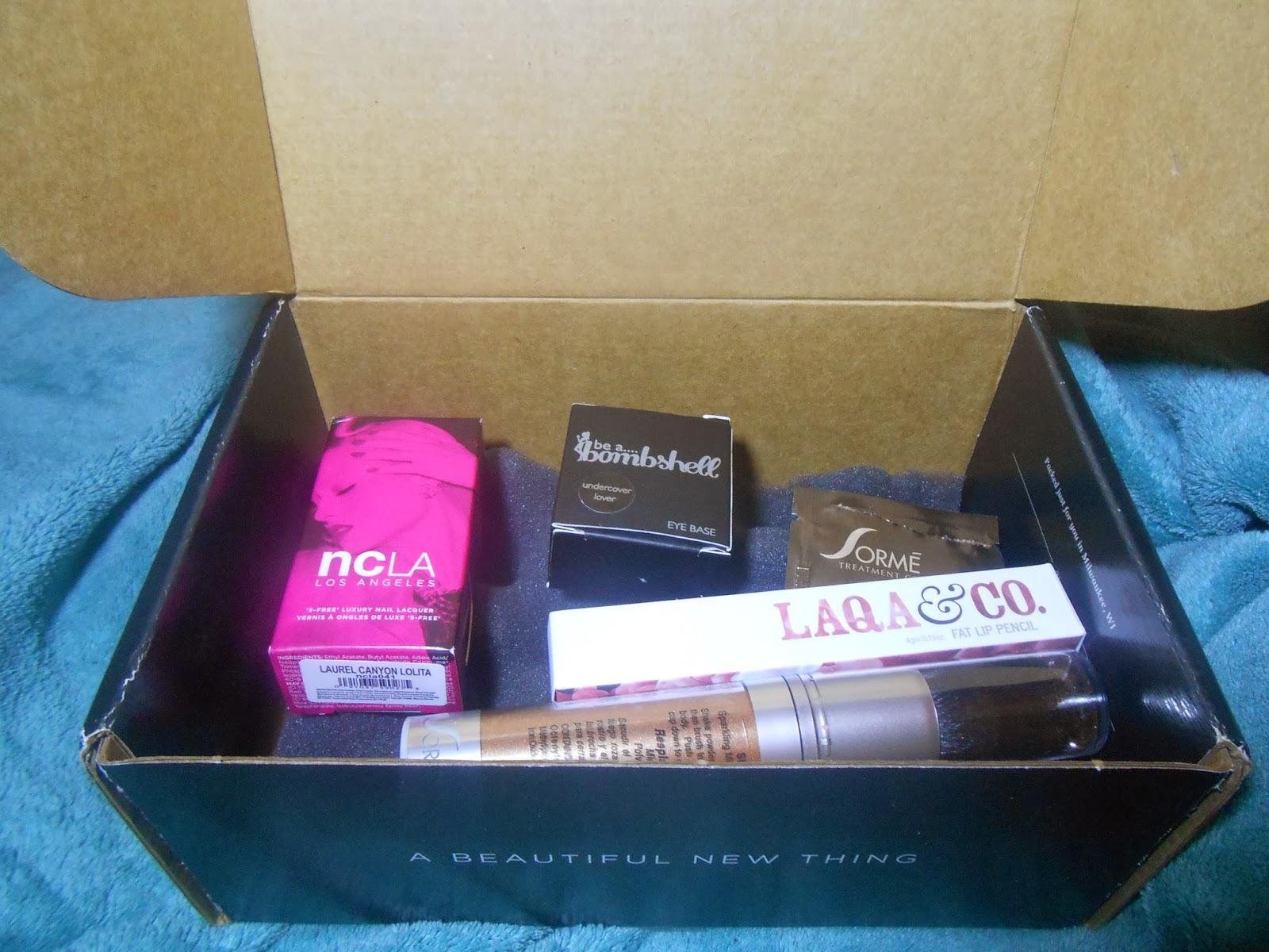 wantable_makeup_box