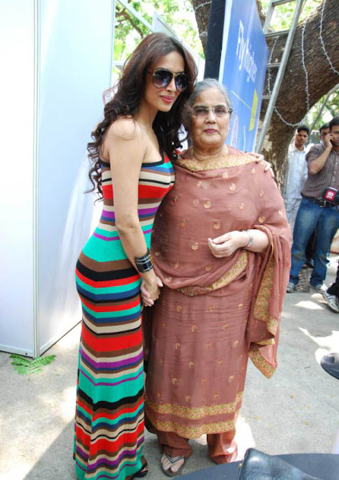 malaika arora khan at a charity event actress pics