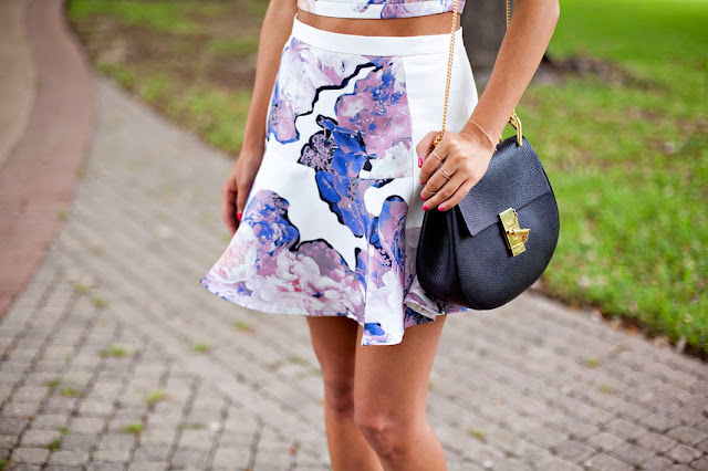 how to wear crop top with skirt, finders keepers brand, australian fashion brand, chloe drew bag,
