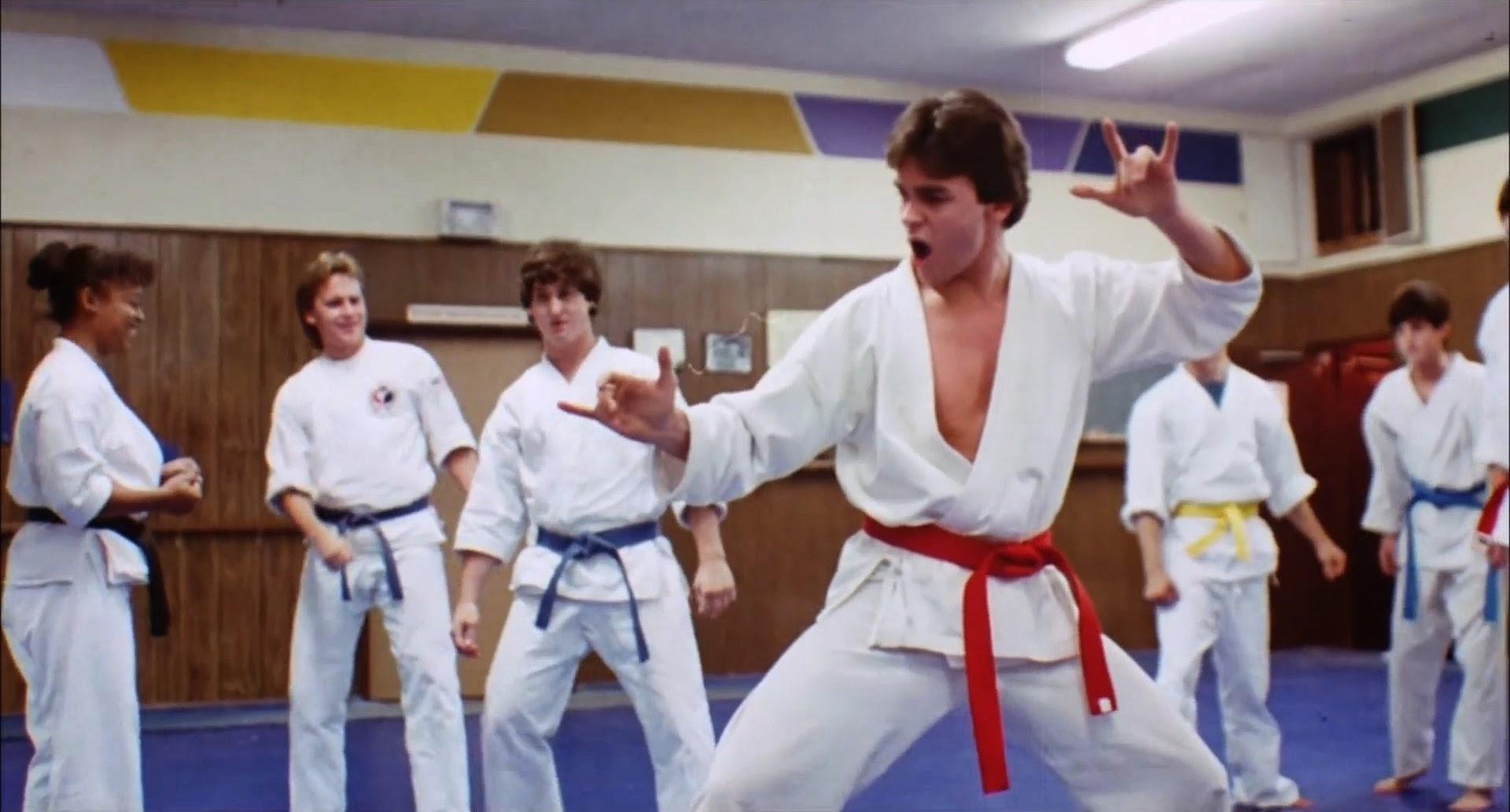 Kickboxers vendetta personale ars cinema - La porta rossa film completo ...