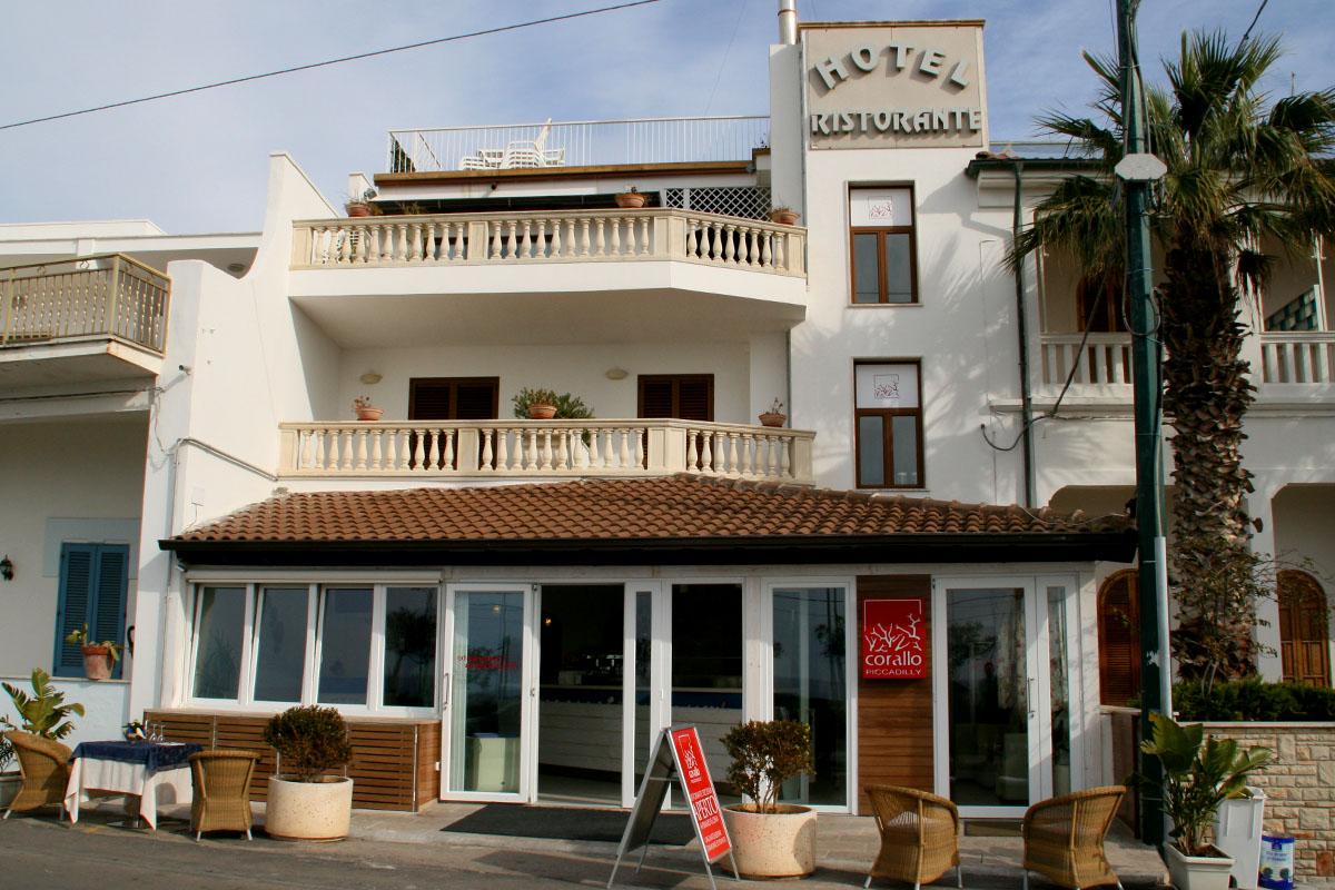 Nard the baroque town in the heel of italy - Hotel corallo santa maria al bagno ...