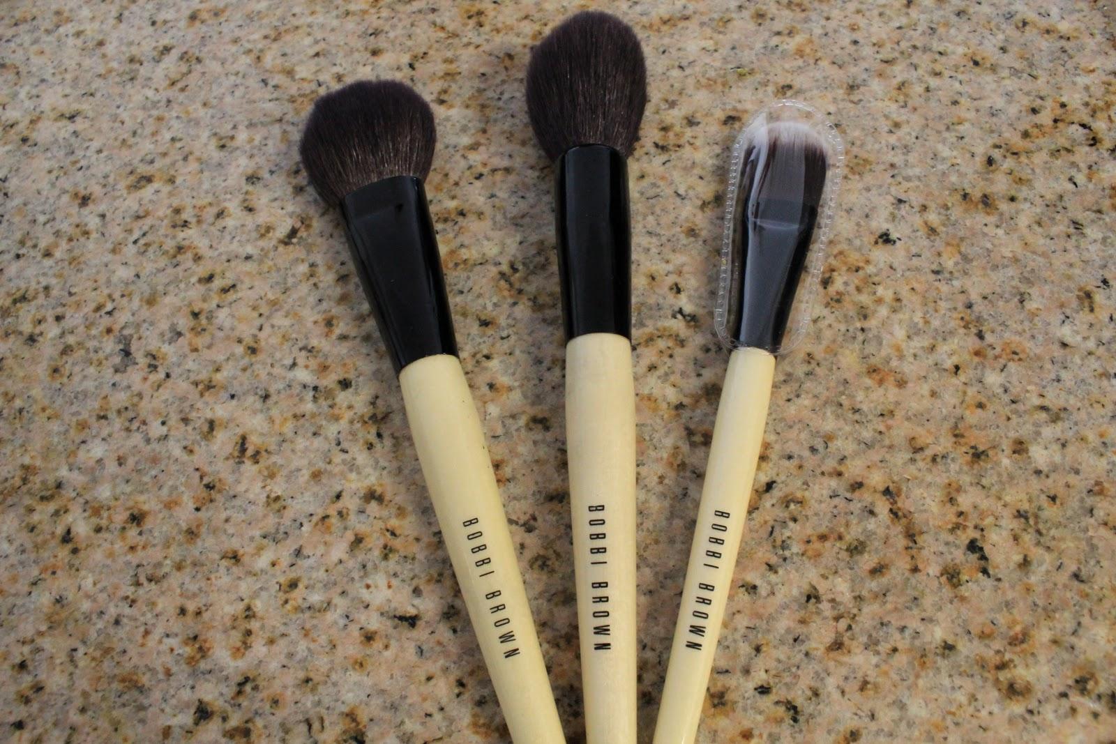 bobbi brown powder brush. bobbi brown powder, blush and foundation brush powder