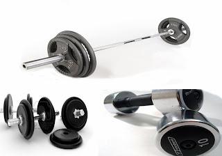 Perbedaan latihan fitness dengan mesin dan beban bebas