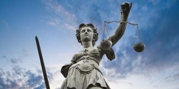 La Justicia no puede seguir siendo la gran olvidada.