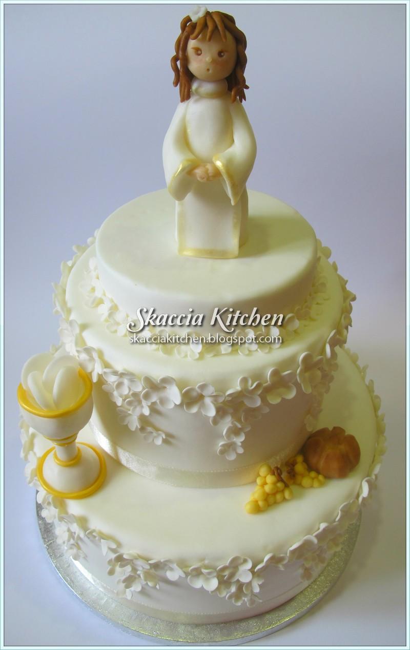 Skaccia kitchen dolce prima comunione for Decorazione torte prima comunione