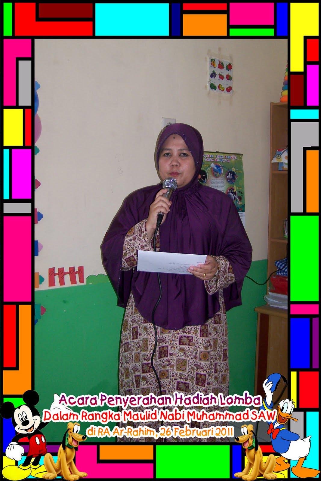 acara Ulang Tahun anak-anak di sekolah