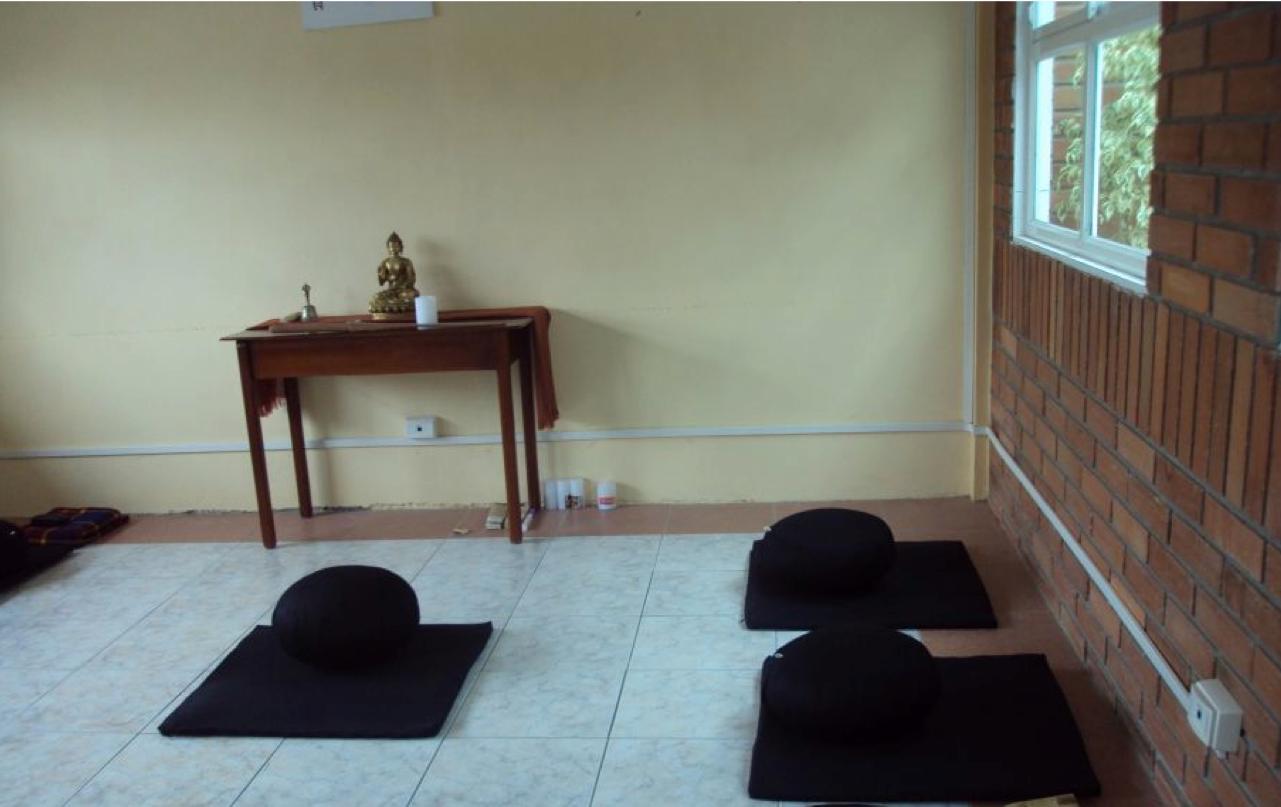 Buda del rio sala de meditaci n - Salas de meditacion ...