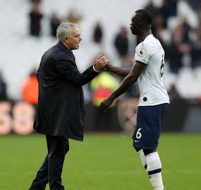 El Tottenham logró una victoria frente al West Ham. Davinson fue titular
